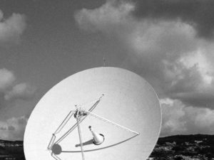 4 Reasons to Keep Your Satellite TV Service (1)